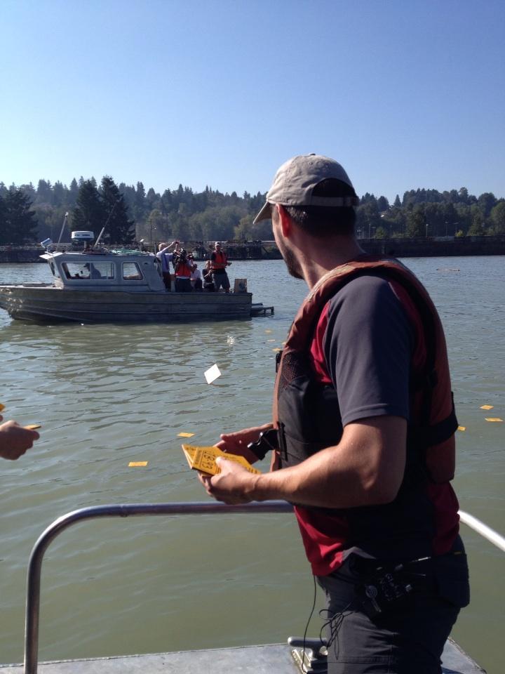 Drift cards released on Fraser River to simulate pipeline oil spill risk