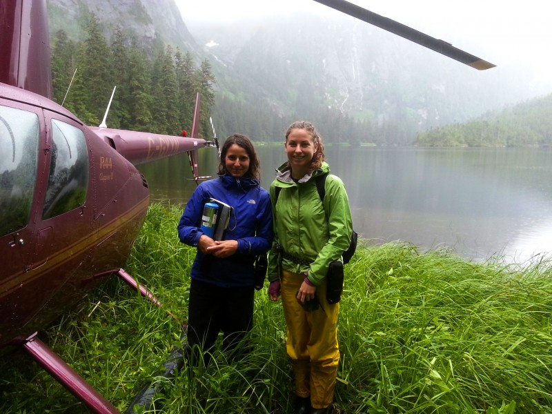 Marlie and Lia at a heli site - photo by Don Arney