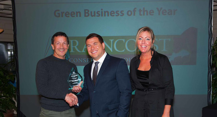 Chris Genovali accepts the Green Business of the Year Award, 2017.